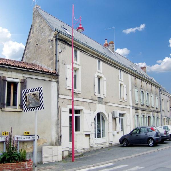 Offres de vente Maison Saint-Georges-sur-Layon 49700